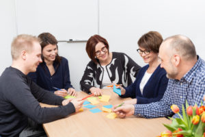 Valmennustalo Virta opastaa yrityksiä kokoustaidoissa